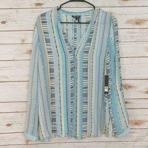 Nic + Zoe NWT blue and white blouse size Large